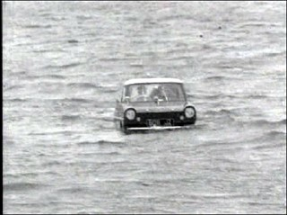 Amphicar in action